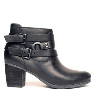 Josef Seibel black leather Ankle Boots Size 37